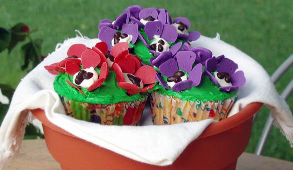 flower-cupcakes-1.jpg